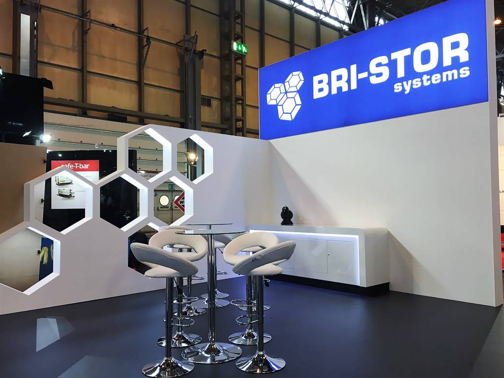 Exhibition Stand Builders Manchester : Exhibition panels are still one of the best ways to reach
