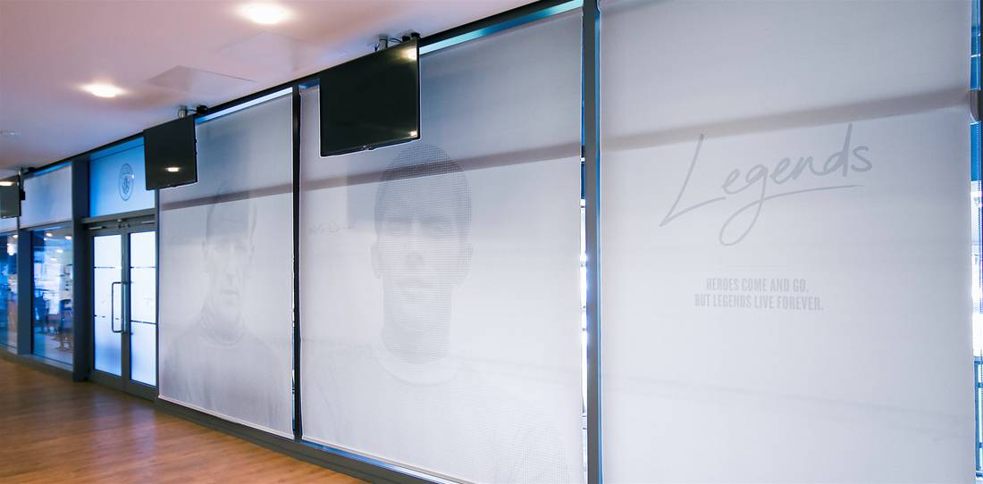 Modern mcfc roller blinds 1100 0 352 4158 2049 - Lovely custom roller shades Pictures